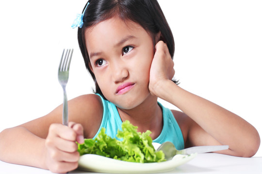 Image of girl being a picky eater